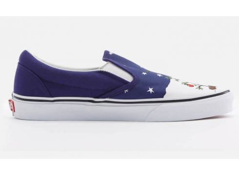 Vans X Peanuts Toddlers\' Classic Slip-On Trainers - Charlie/Tree - UK 2 Toddler - Blau(50503456)