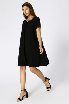 House Of Camellia Kadın O Yaka Siyah Elbise(113965788)