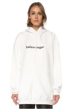 Balenciaga Kadın Oversize Beyaz Kapüşonlu Logolu Sweatshirt S EU(121299431)