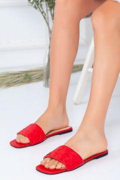 Favi Kadın Baklava Desenli Kırmızı Terlik(119791340)