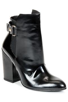 Boots Paul Joe MARCELA(98744694)