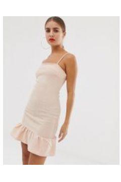 In The Style - Figurbetontes Kleid mit Schößchensaum - Rosa(86667963)