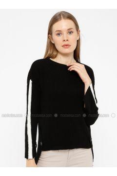 Black - White - Crew neck - Acrylic -- Knitwear - REPP(110337621)